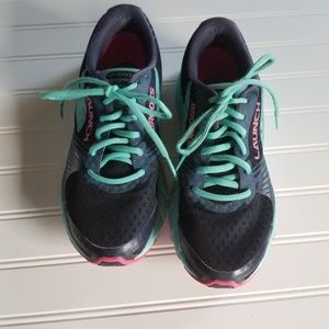 Brooks Launch 3 Size 8.5M (B) Sneakers